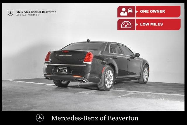 Pre-Owned 2015 Chrysler 300 4dr Sdn Limited AWD