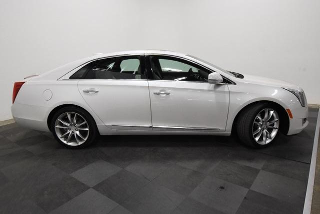 Pre-Owned 2017 Cadillac XTS 4dr Sdn Premium Luxury AWD