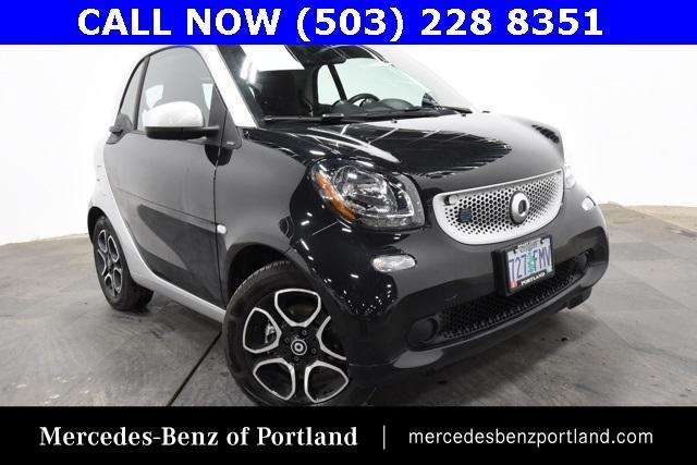 Pre-Owned 2018 smart fortwo electric drive passion coupe